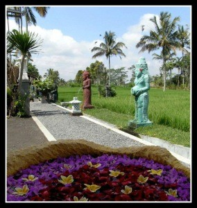 Sharing Bali and their water fountains