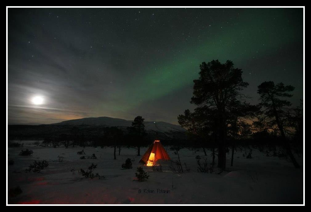 Northern Lights teepee Robin