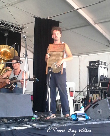 How many can say they've seen a washboard played and played well?