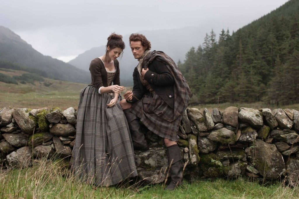 The fans approve of the actors chosen to play the main characters - Jamie (Sam Heughan) and Claire (Caitriona Balfe.) (image courtesy Starz)